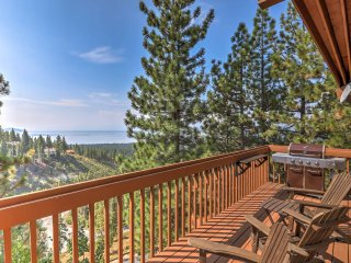 NEW! 3BR Incline Village Condo w/Balcony & Views