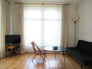 NB Apartment 1: Charmantes Altbau-Apartment