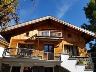 Chalet in centre of Chamonix, 2 bedrooms, sleeps 4, view Mont Blanc