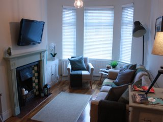 Queens Quarter Townhouse Belfast Tourism NI certified