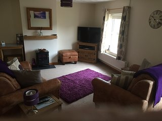 2-bedroom Cottage in village near Narberth and Amroth / Free WIFI and Sky