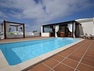 C08LANZ Very nice Villa in Playa Blanca