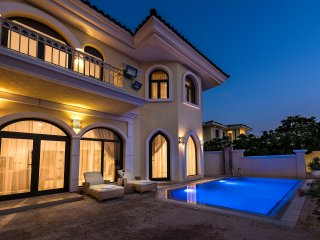 DUBAI BEACH VILLA - XANADUBAI - 5 bed, private pool, car+driver+maid