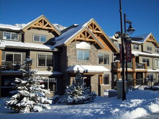 Clique Hotels & Resorts - Canmore Ab #2
