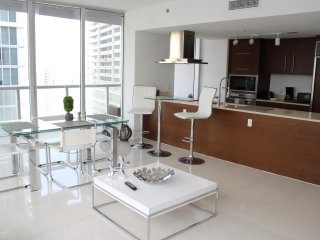 Spectacular 2 Bedroom Suite at ICON Brickell W Tower