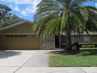 NEW 3 Bedroom 2 Bathroom Vacation Home in Orlando close to Airport and Attractio