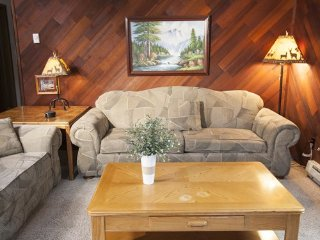 Crestwood Resort, 2bdrm, 2 bath, Avail: Oct. 13-20, Only $299/entire week's stay