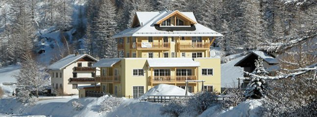 Two-bed (sleeps 6) apartment in the Tyrol