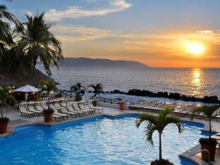 Costa Sur Resort and Spa Puerto Vallarta - Honeymoon Suite