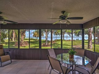 Charming Waterfront Home in Frostproof w/Lake View
