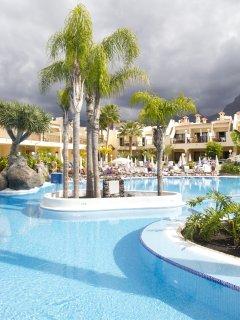 Royal Sunset Beach Club Pool Exterior