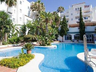 Málaga 1BR on Coasta del Sol - Bright Airy Rooms, Spa & Resort Pool!
