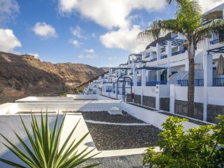 Canary Island 1BR - Resort Pool, Impressive Views in a European Paradise!