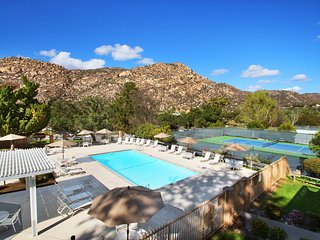Spacious Villa Near Ramona Wine Country  w/ Resort Pool, Onsite Spa & WiFi