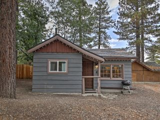 NEW! 'Grizzly Bear' Big Bear Lake Studio Cottage!