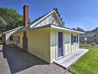 Historic Albion Mountain Cottage on Quiet Street!