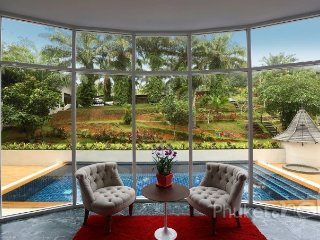 Unique 8-Bed Pool Villa in Chalong