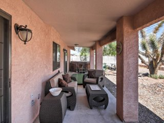 NEW! Lake Havasu City 2BR Home w/ Putting Green!