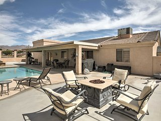 Home w/Furnished Patio & Pool -Mins to Lake Havasu