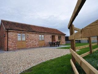 ELDER Barn in Burnham-on-Sea