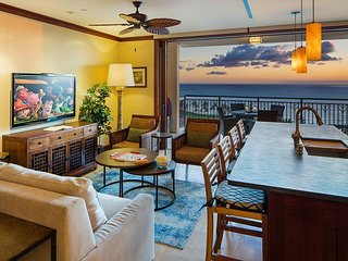 Fully Outfitted, Beautifully Decorated, Incredible Ocean Views in Ko Olina!