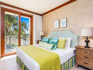 Gorgeously Decorated, Spacious Ko Olina Beach Villa in Desirable Beach Tower!
