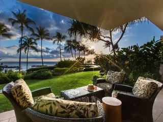 Ko Olina Combo 1 (B109 and B110) - ground floor villa/ lanai/ steps to beach/ ID
