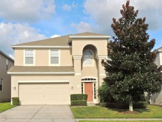 2605DIN. 6 Bedroom Pool Home In KISSIMMEE FL.