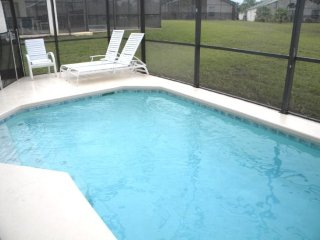 111KD. 3 Bed 2 Bath Pool Home In DAVENPORT FL.