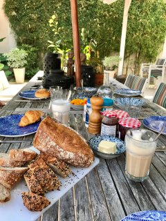 Our guest will be served a daily Bahagia Breakfast with fresh local fruits, lattes and artisan bread