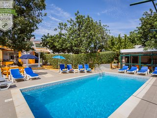 ALGARVE TYPICAL BEACH HOUSE WITH PRIVATE HEATED POOL