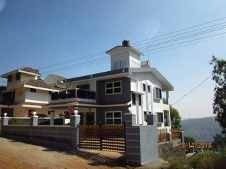 3 BHK Bungalow, 15 mins drive from Panchgani market