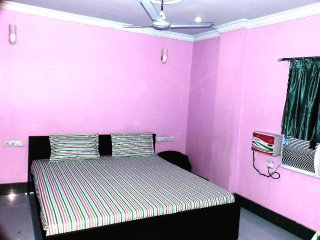 RAINBOW GUEST HOUSE - 101 G Floor Bedroom