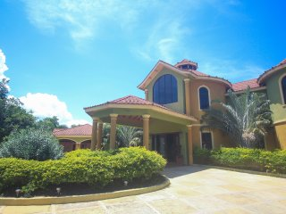 Milbrook Luxury Villa
