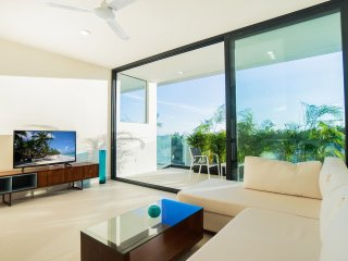 Ocean view lovers 301 Polo 88
