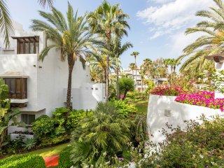 Superior Apartment n0 604, en Puerto Banus, Marbella, Espana
