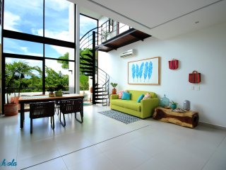 Premium & Exclusive 2-Story Penthouse with Rooftop by olahola