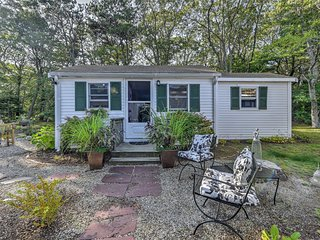 NEW! 2BR East Sandwich Cottage - Walk to Beach!