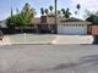 Hemet House with a pool. 3 bedroom, 2 bath. Private