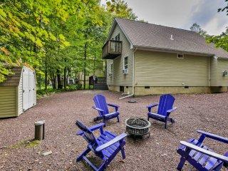 'The Cuckoo's Nest' Pocono Lake House w/Deck