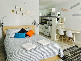 Apartment 15 - 1 mile from the beach!