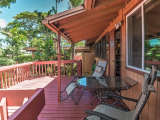 Kailua House w/Lanai & Grill-1 Mi. from the Beach