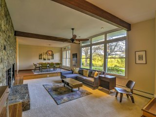 Scenic Home By Asheville - Perfect for Events!