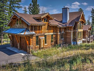 NEW! 5BR Big Sky House w/ Hot Tub & Mtn Views!
