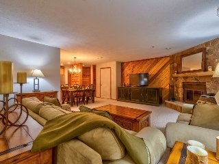 Mountain-inspired home with hot tub in the heart of Breck - Snowdrift Retreat