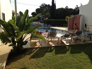 Charming studio with a pool, walking distance to beach