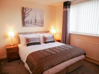 Gorgeous Grangemouth Apartment