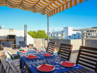 SalouBlues, New, beach 250 m, pool, terrace, barbecue