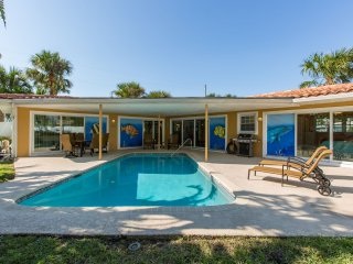 Narcissus Beach House - Weekly Beach Rental