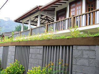 Superior Self Cate Apartment - Self contained facility in Kandy, Sri Lanka